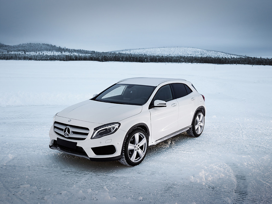Galerija/DEZENT-TH_MERCEDES_winterpic_01-1